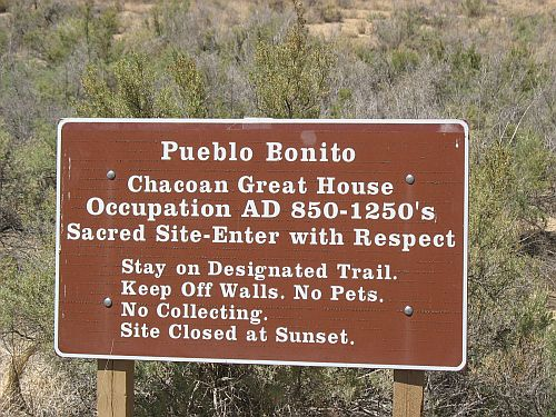 Pueblo Bonito Sign