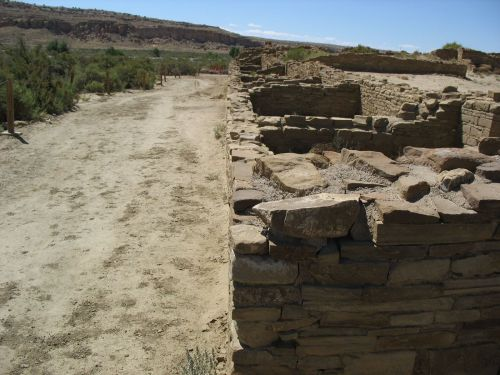 Wall Enclosing the West Plaza, Pueblo Bonito