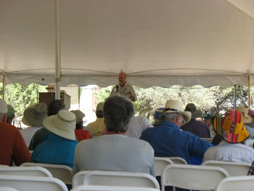 Jeff Reid Speaking in Presentation Tent at 2009 Pecos Conference