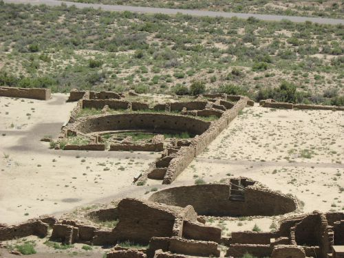 Great Kivas A and Q, Pueblo Bonito